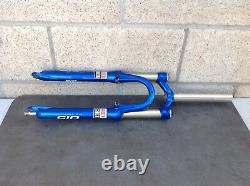 Rock shox SID RACE fork in NICE condition 1 1/8 x 7 3/4 in great condition