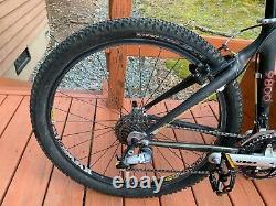 Trek 9800 OCLV Carbon MTB, Magic Motorcycle Crank, Chris King, RockShox SID