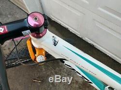 Yeti Big Top Bicycle Large Carbon Fiber Rockshox Sid World Shimano XT